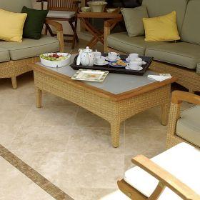 płytki trawertyn kamień naturalny szpachlowany 45,7x45,7 salon