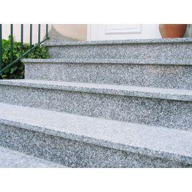 stopnice granitowe schody zewnętrzne szare płomieniowane